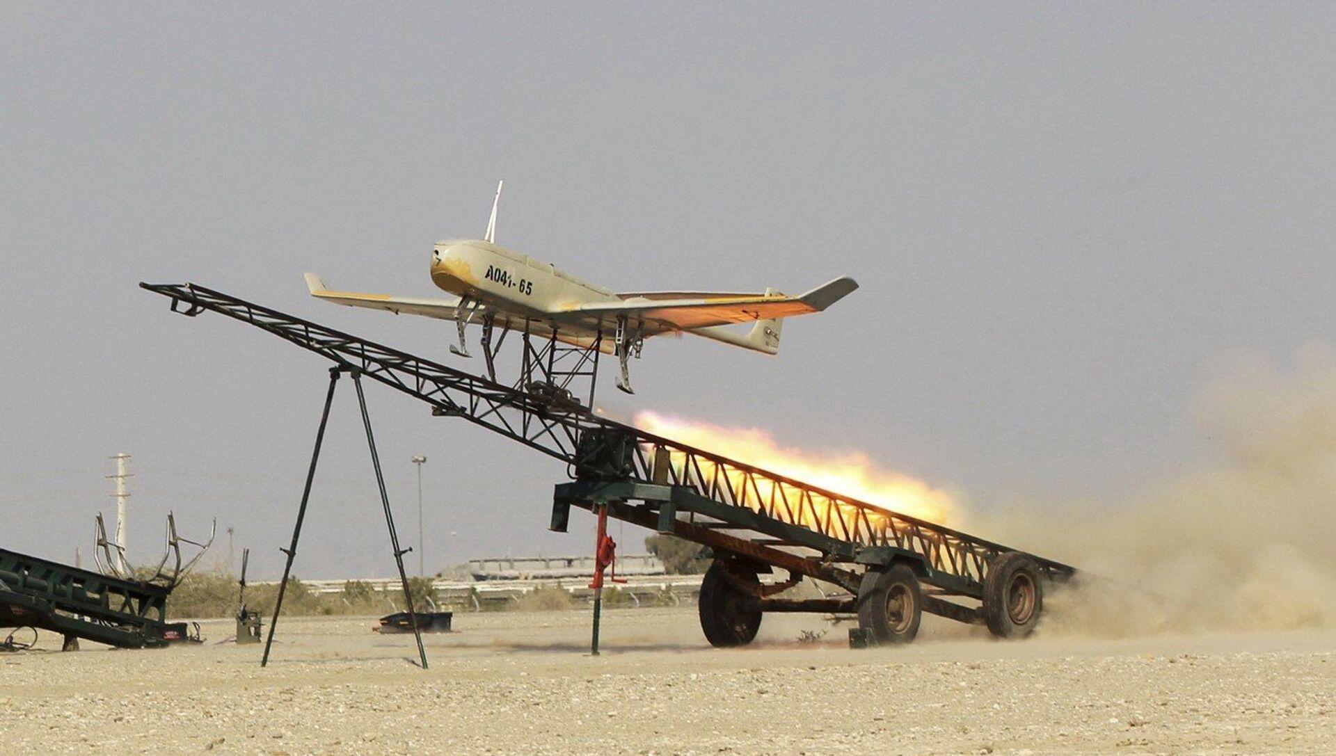 Un drone dell'Iran - Sputnik Italia, 1920, 22.04.2021