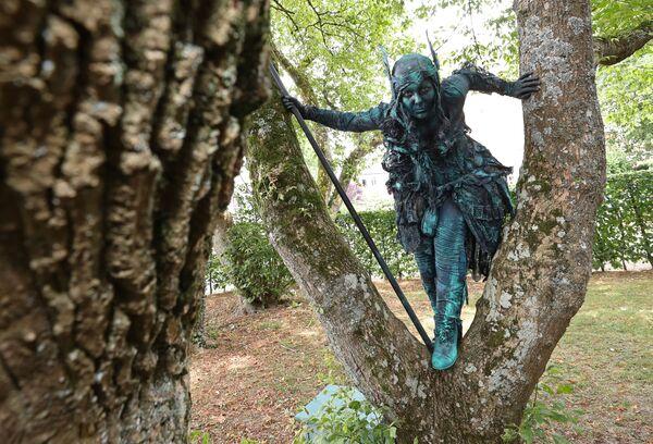 Una valchiria al Festival Statues en Marche. - Sputnik Italia