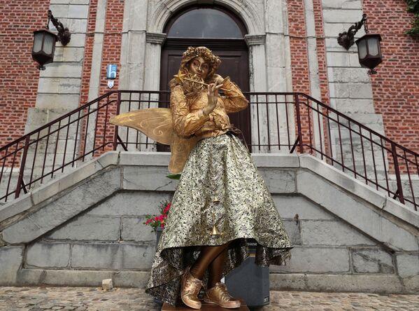 Artista Tassa di Copenaghen al Festival Statues en Marche. - Sputnik Italia
