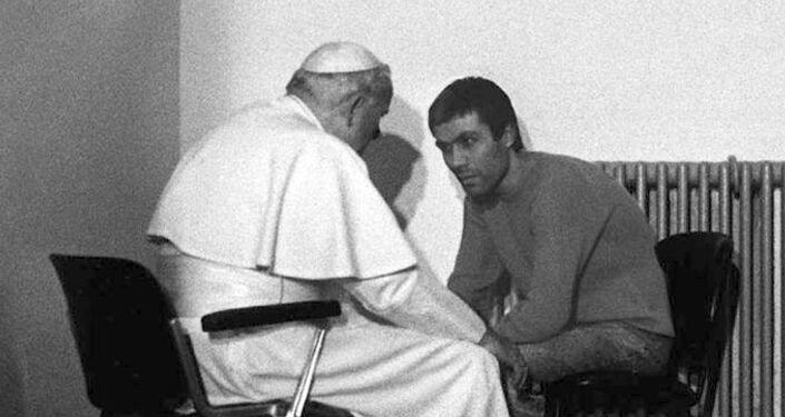 Giovanni Paolo II e Mehmet Ali Ağca a Rebibbia nel 1983