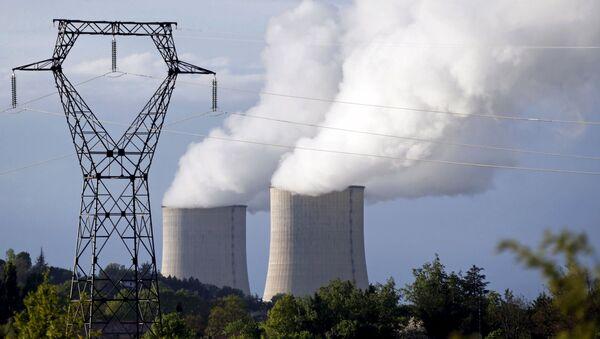 Centrale elettrica nucleare di Golfech in Francia - Sputnik Italia