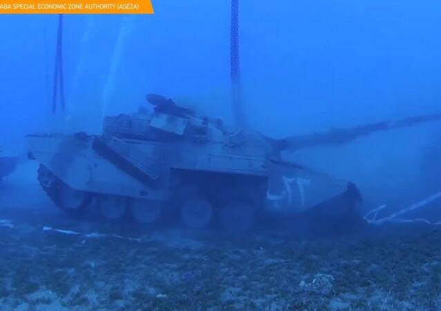 Museo militare subacqueo creato in Giordania