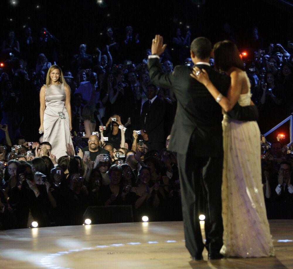 Beyoncé all'inaugurazione dell'ex presidente statunitense Barack Obama.