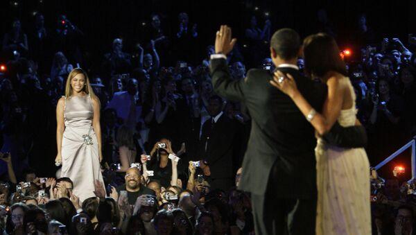 Beyoncé all'inaugurazione dell'ex presidente statunitense Barack Obama.  - Sputnik Italia