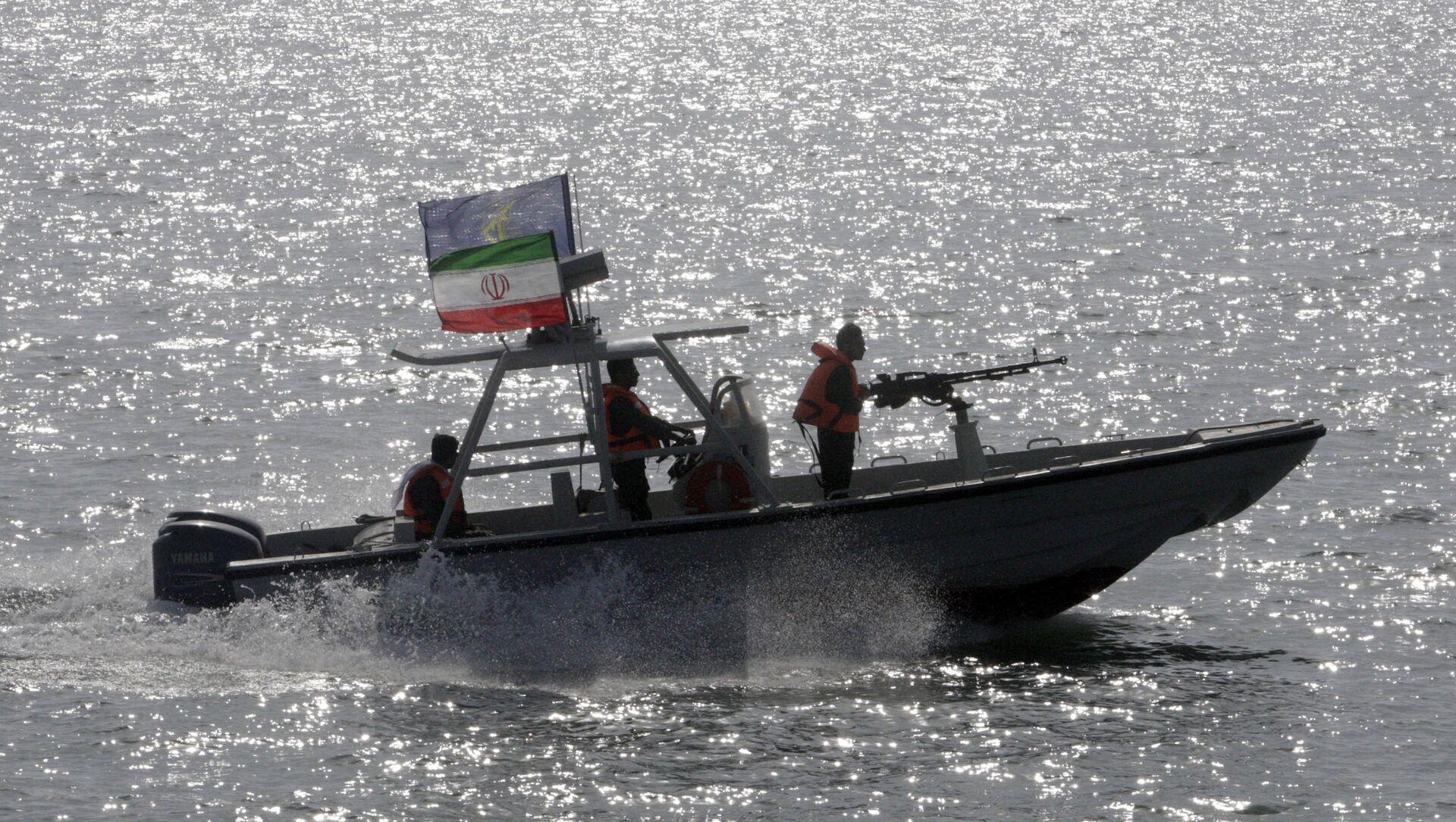 Il motoscafo del Corpo della Guardia Rivoluzionaria Iraniana - Sputnik Italia, 1920, 28.04.2021