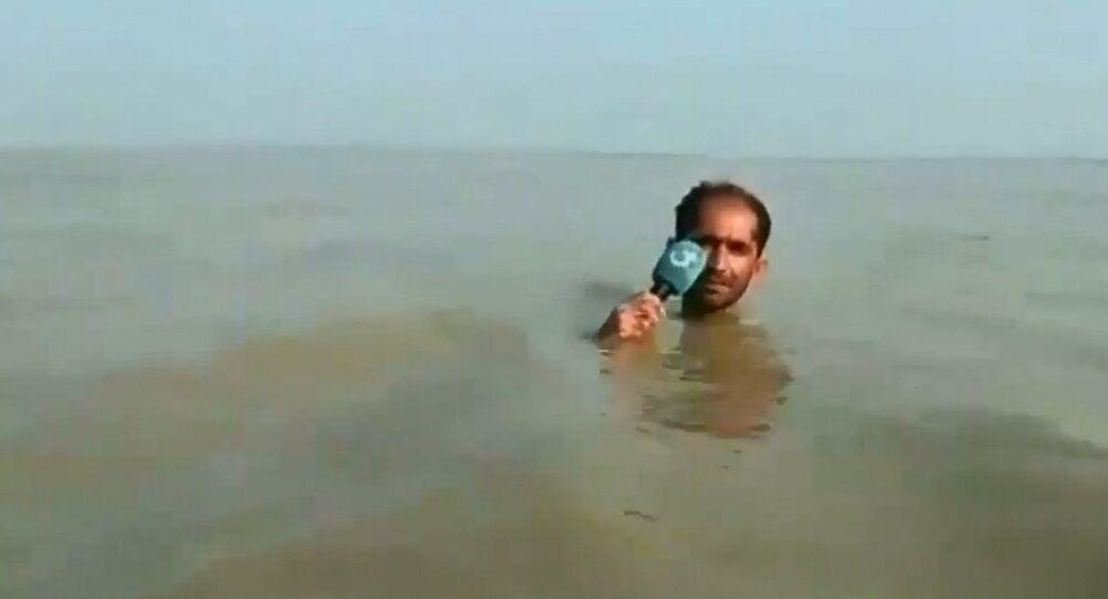 Azadar Hussain durante reportage virale