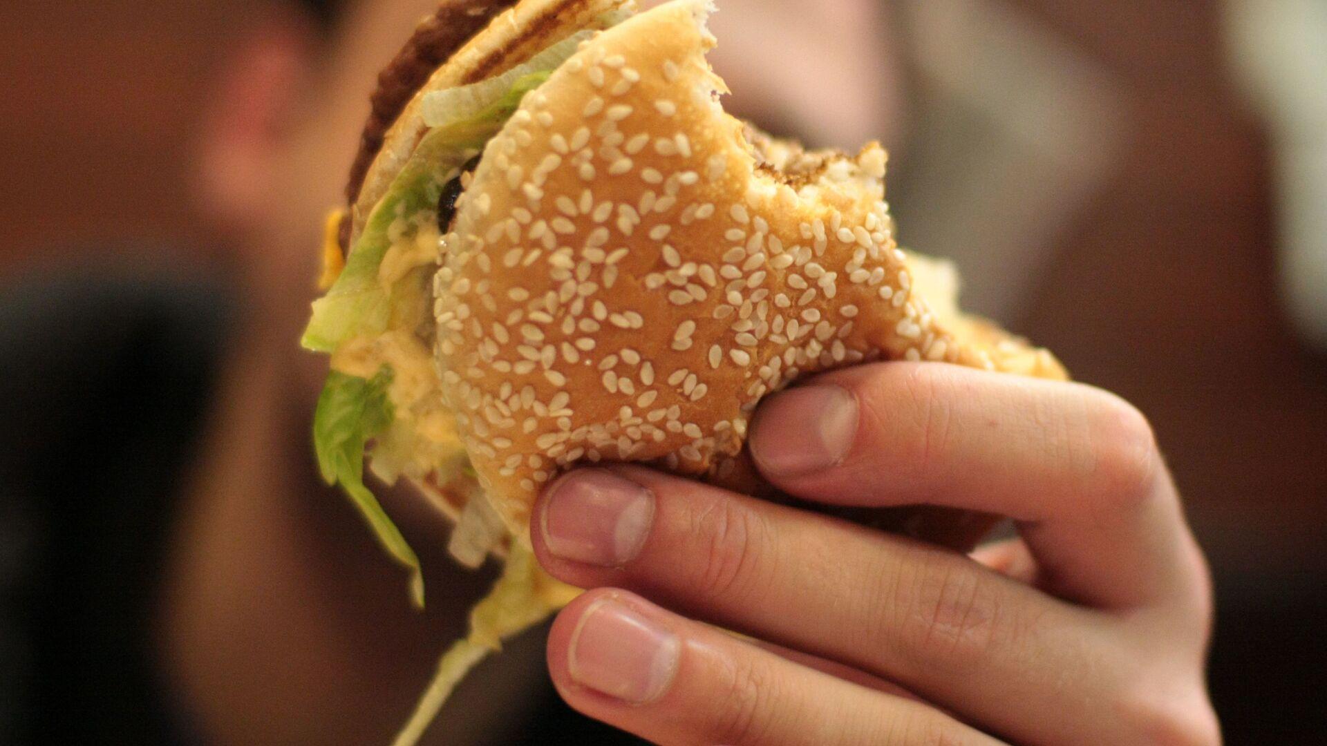 Hamburger del McDonald's - Sputnik Italia, 1920, 16.06.2021