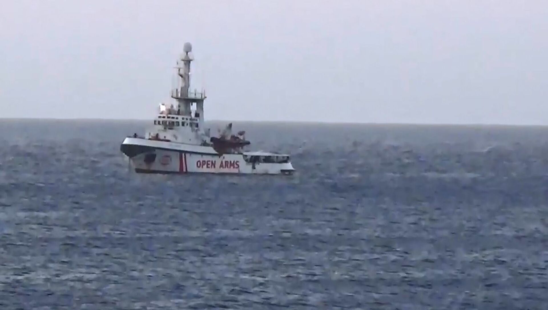 La nave Ong 'Open Arms' si dirige verso Lampedusa  - Sputnik Italia, 1920, 18.04.2021