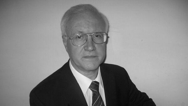 Economista, analista e giornalista di politica economica e finanziaria internazionale Paolo Raimondi - Sputnik Italia