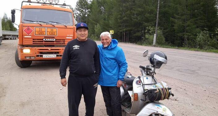 Stefano e un amico di strada, il camionista Evgenij