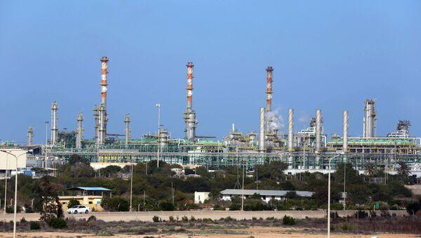 Mellitah Oil and Gas terminal on the outskirts of Zwara in western Libya - Sputnik Italia