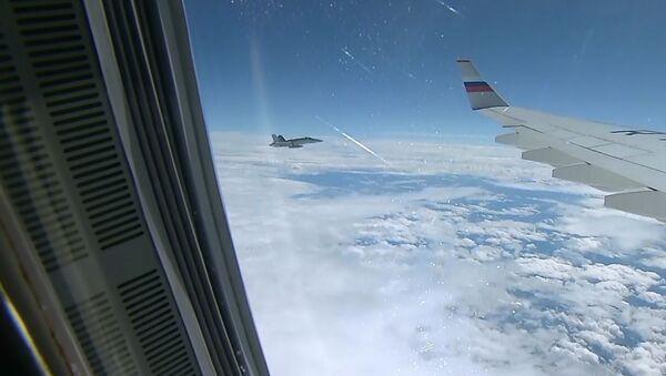 Caccia svizzeri accompagnano l'aereo della delegazione di Putin - Sputnik Italia