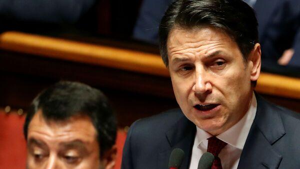 Salvini e Conte durante il discorso al Senato del 20 agosto - Sputnik Italia