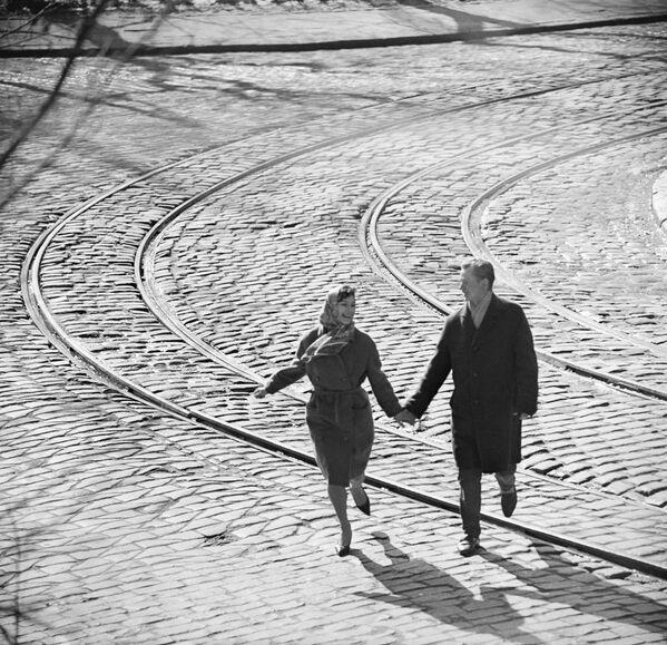 Una coppia innamorata. 1968. - Sputnik Italia
