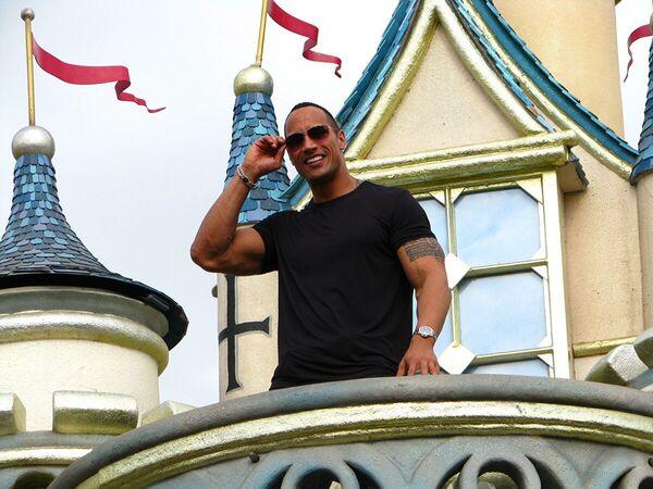 Dwayne The Rock Johnson ha stilato la lista con $ 89,4 milioni guadagnati. - Sputnik Italia