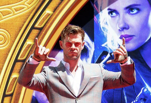 Al secondo posto l'attore australiano Chris Hemsworth, noto sopratutto per il suo ruolo di Thor Odinson. Lui ha guadagnato $ 76,4 milioni tra il 2018 e il 2019. - Sputnik Italia