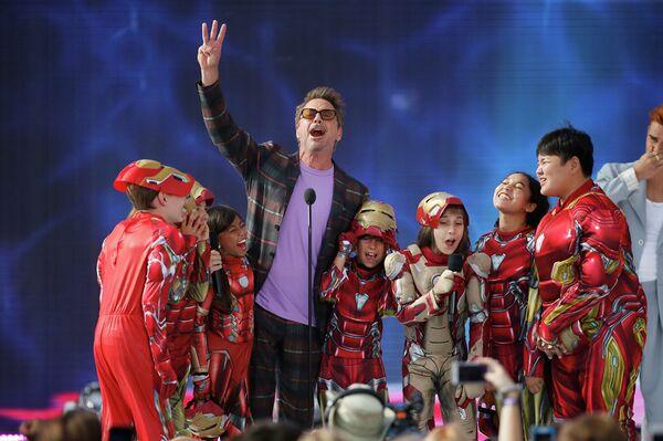 Il terzo posto è andato a Robert Downey Jr., aka Iron Man. Ha ricevuto $ 66 milioni durante l'anno scorso.  - Sputnik Italia