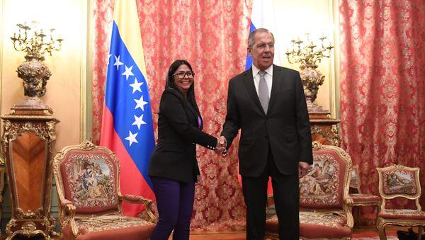 Il vicepresidente del Venezuela Delcy Rodriguez insieme al ministro degli Esteri russo Sergey Lavrov - Sputnik Italia