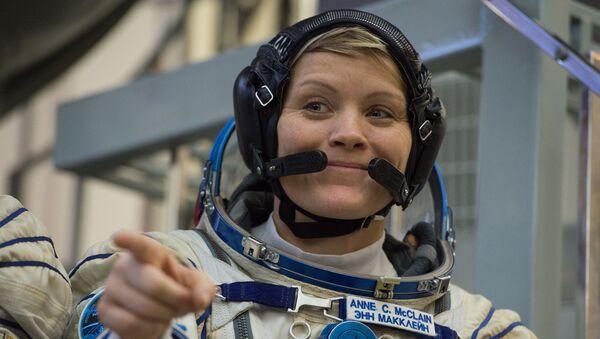 Astronauta della NASA Anne McClain - Sputnik Italia
