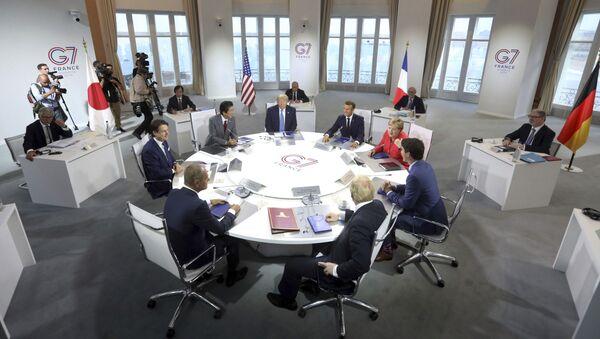 Vertice G7 - Sputnik Italia