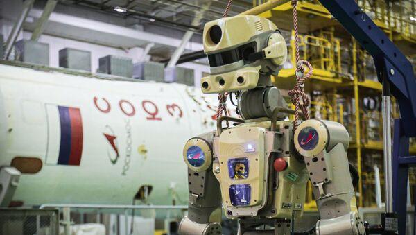Robot Fedor (Skybot F-850) al Cosmodromo di Baikonur - Sputnik Italia