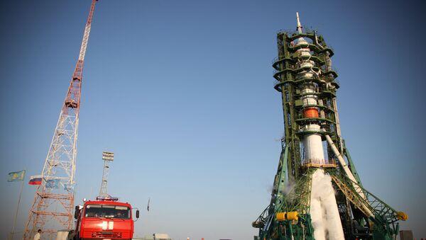 Razzo vettore «Soyuz-2.1а» con a bordo il robot Fedor - Sputnik Italia