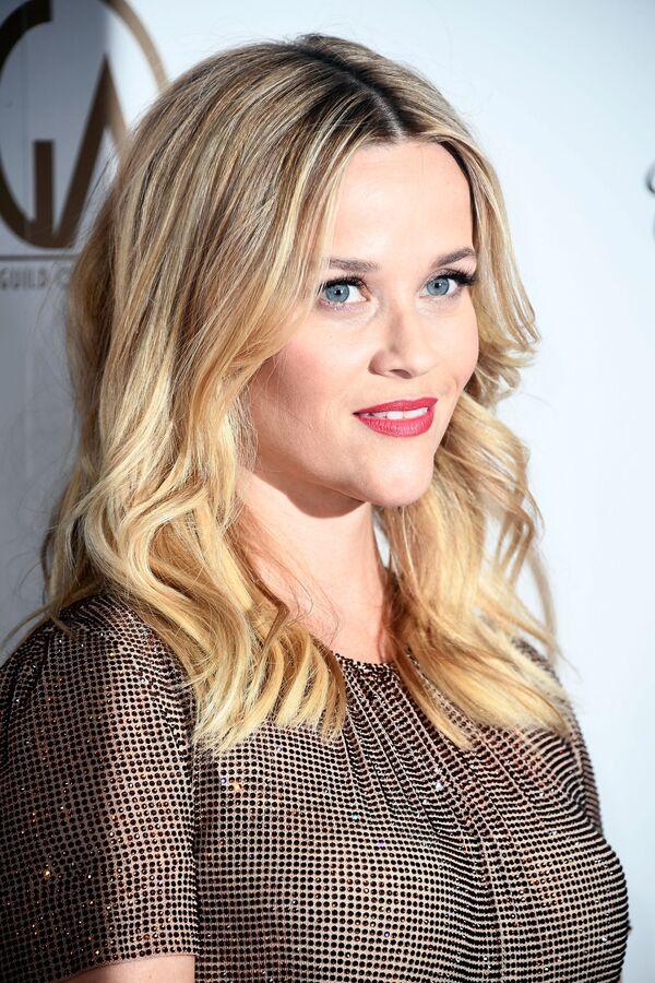 L'attrice Reese Witherspoon durante la cerimonia di premiazione del 29° Annual Producers Guild Awards in California - Sputnik Italia