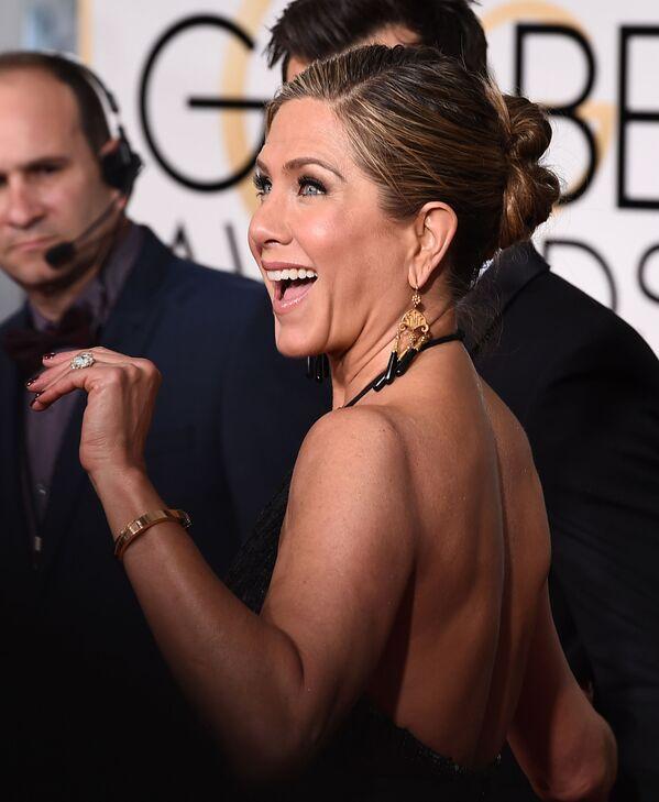 L'attrice Jennifer Aniston durante la cerimonia di premiazione dei Golden Globe Awards in California - Sputnik Italia