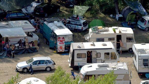 Rave party al parco nazionale dell'Appennino Lucano Val d'Agri nel Lagonegrese - Sputnik Italia
