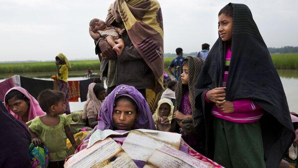 Donne in Bangladesh - Sputnik Italia