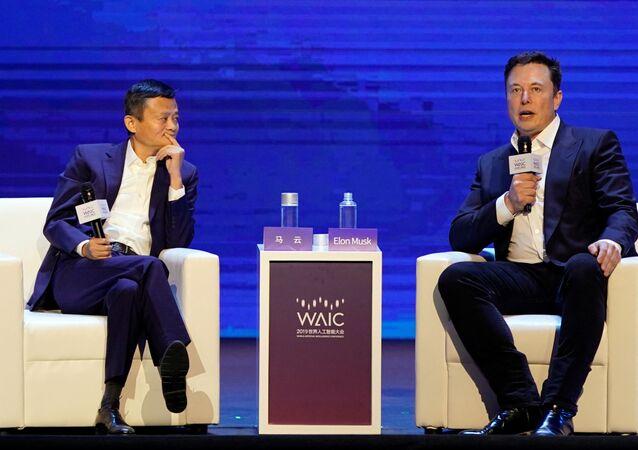 Elon Musk e Jack Mai alla Conferenza Mondiale sull'IA, agosto 29 del 2019