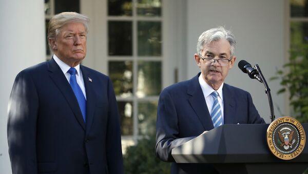 Jerome Powell interviene dopo che il presidente statunitense Donald Trump l'ha nominato il suo candidato al posto del capo del Federal Reserve. - Sputnik Italia