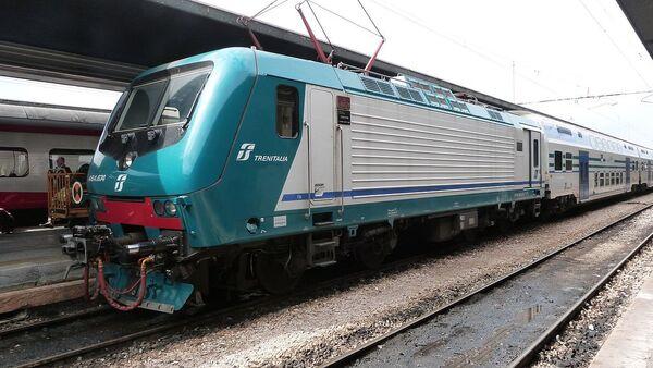 Un treno regionale Trenitalia - Sputnik Italia