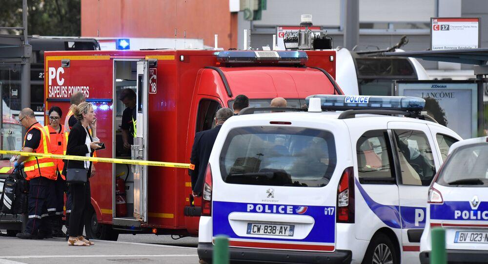 Gendarmeria in azione nel sobborgo di Villeurbanne a Lione