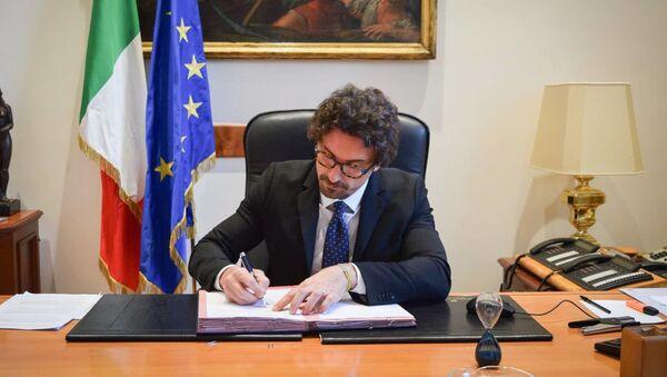 Danilo Toninelli, ministro delle infrastrutture e dei trasporti - Sputnik Italia