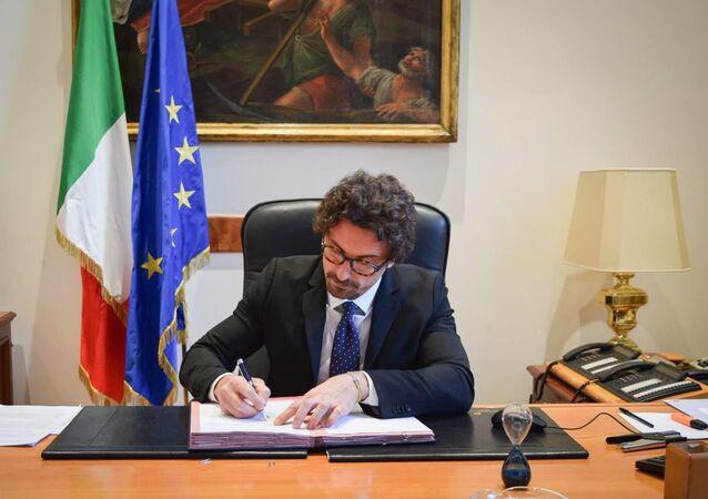 Danilo Toninelli, ministro delle infrastrutture e dei trasporti