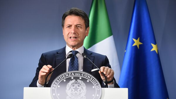 Председатель Совета министров Италии Джузеппе Конте - Sputnik Italia