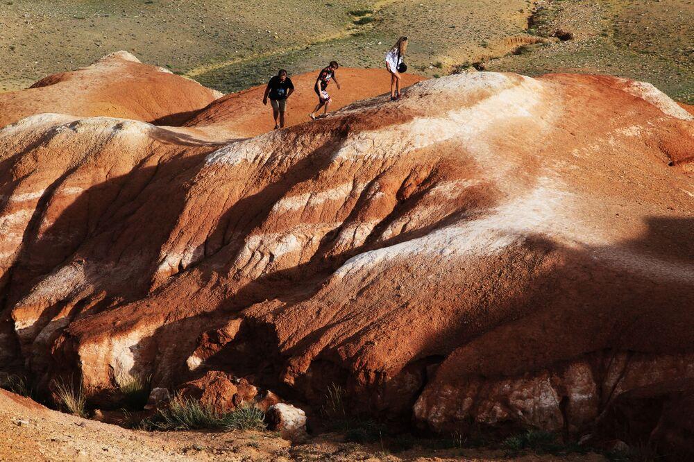 Non è in paesaggio di Marte: in realtà è valle Kizil-Chin nella repubblica di Altay.