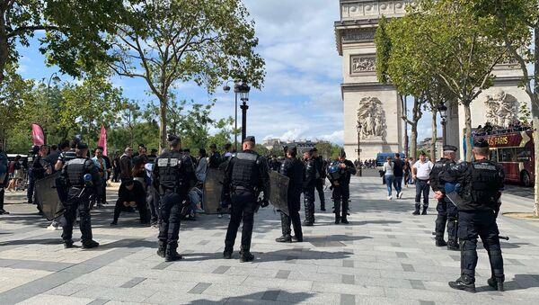 Champs-Elysées, 7 septembre 2019 - Sputnik Italia