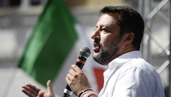 Matteo Salvini alla manifestazione antigovernativa, il 9 settembre del 2019 - Sputnik Italia