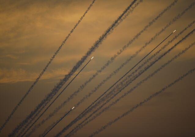 Missili lanciati dalla Striscia di Gaza