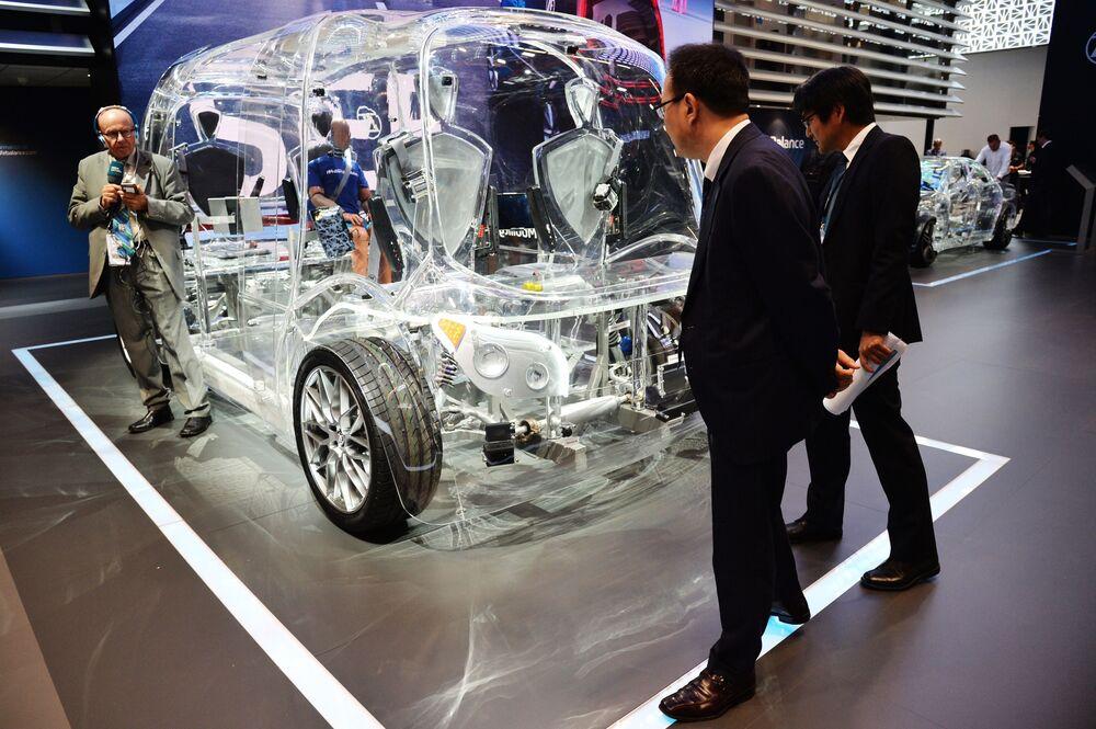Quest'anno, il mainstream tra i produttori di automobili è l'essere più green possibile: così ognuna di loro presenta i propri concept di auto elettriche.