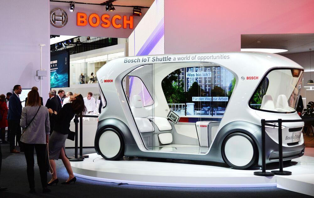 La Bosch ha portato al salone la sua IoT Shuttle.
