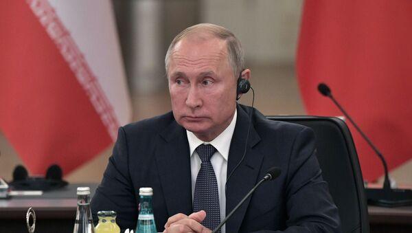 Vladimir Putin all'incontro con Erdogan e Rouhani - Sputnik Italia
