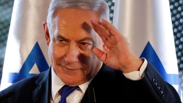Israeli Prime Minister Benjamin Netanyahu gestures as he speaks during a state memorial ceremony at the Tomb of the Patriarchs, a shrine holy to Jews and Muslims, in Hebron in the Israeli-occupied West Bank September 4, 2019 - Sputnik Italia