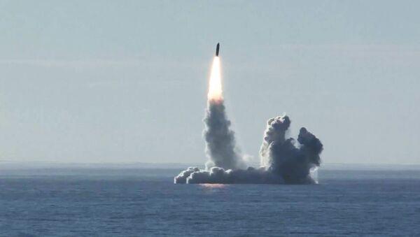Lancio del missile Bulava - Sputnik Italia