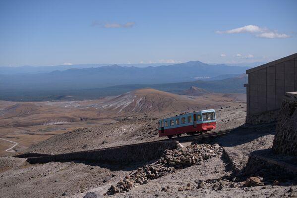 Ferrovia funicolare verso il monte Paektu, in Corea del Nord. - Sputnik Italia