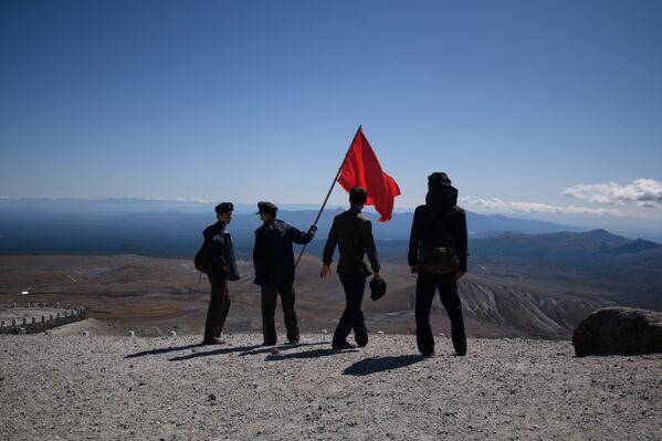 La salita al monte Paektu. - Sputnik Italia