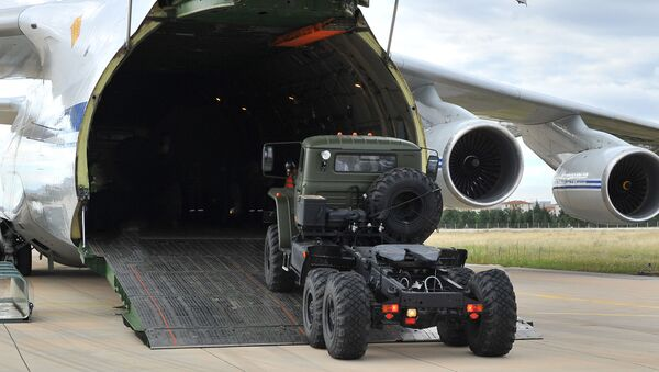 La consegna di un S-400 alla Turchia - Sputnik Italia