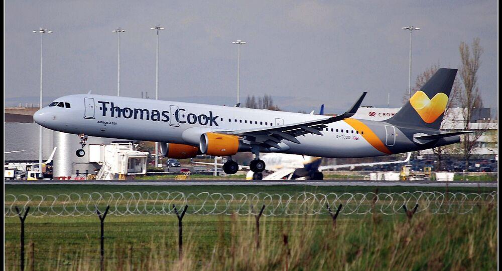 Airbus A321 del vettore Thomas Cook